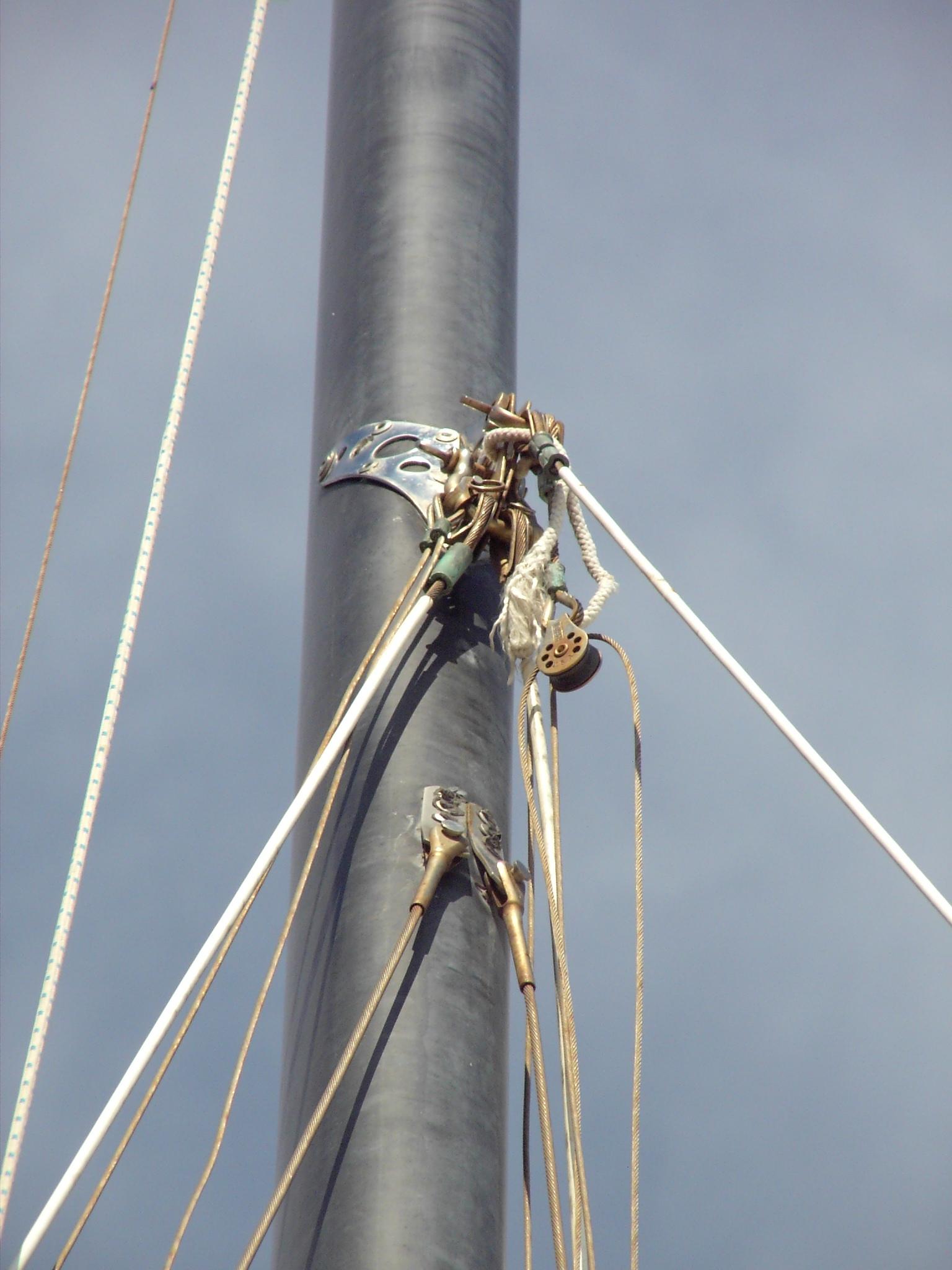Hobie 16 Mast Tang
